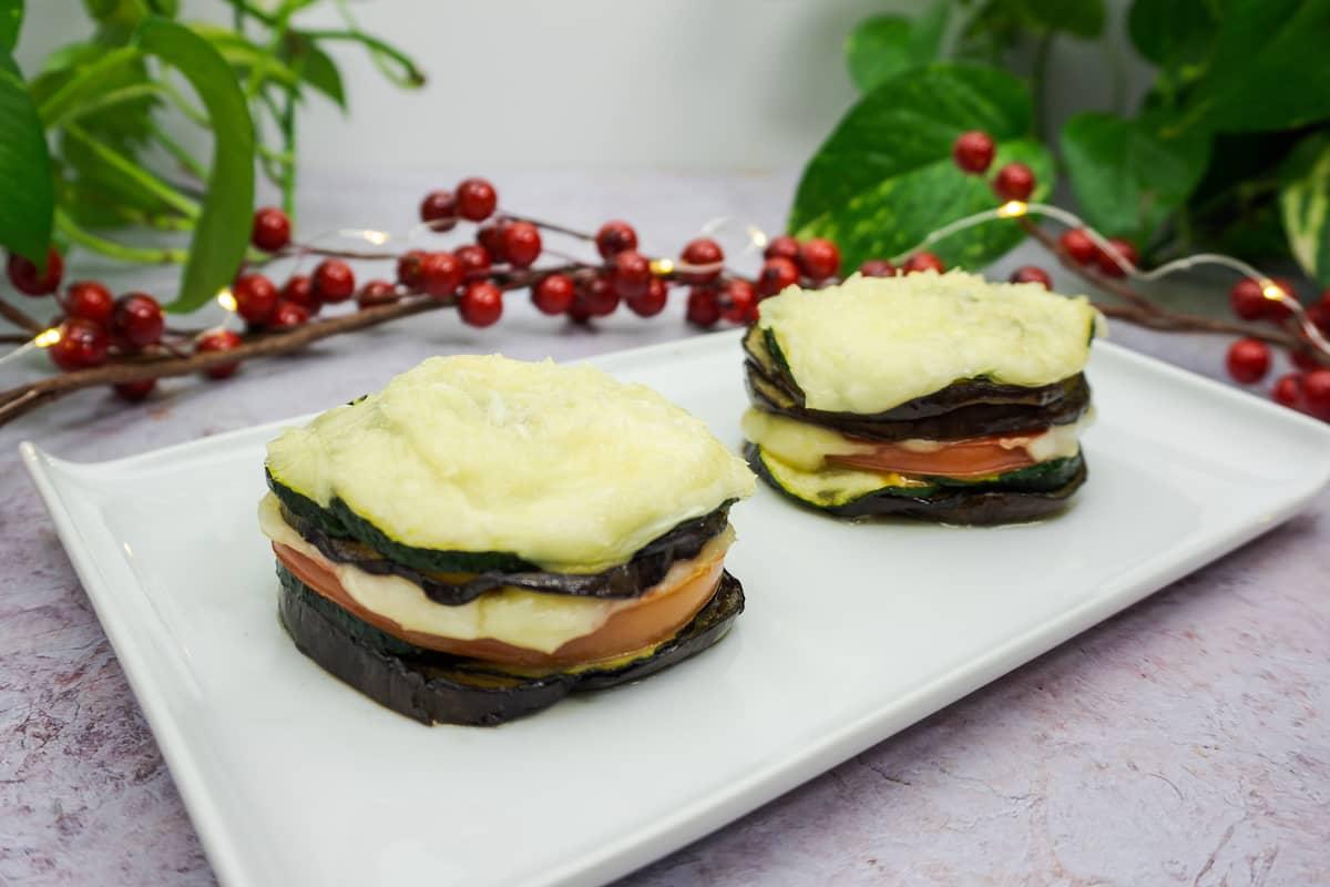 Milhojas de verduras y queso vegano