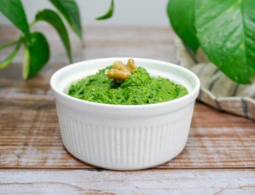 Pesto vegano de nueces y espinacas