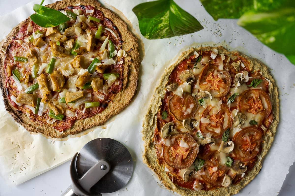 Pizza vegana con base de quinoa